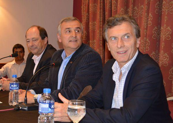 Ernesto Sanz, Gerado Morales y Maurico Macri.