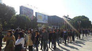 La cola interminable en la Expo Joven puso en evidencia la dificultad para acceder al empleo.