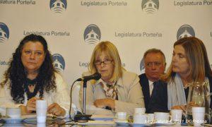 Beatriz Victoria Orlowski de Amadeo en conferencia cuando era funcionaria en la Ciudad Autónoma de Buenos Aires.